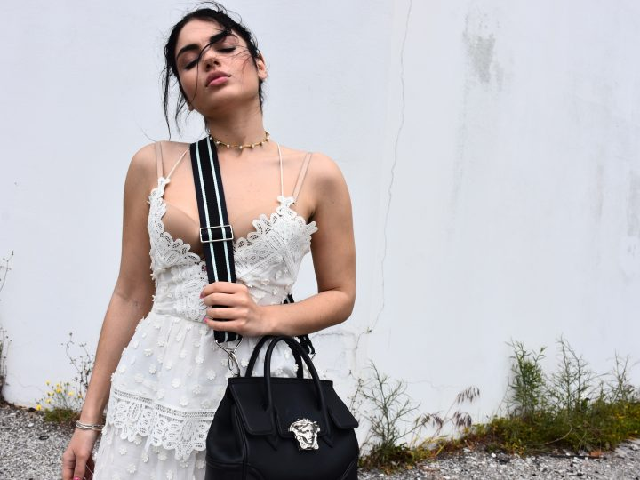 PICK THE RIGHT ACCESSORIES FOR YOUR WHITE DRESS FOR SUMMER