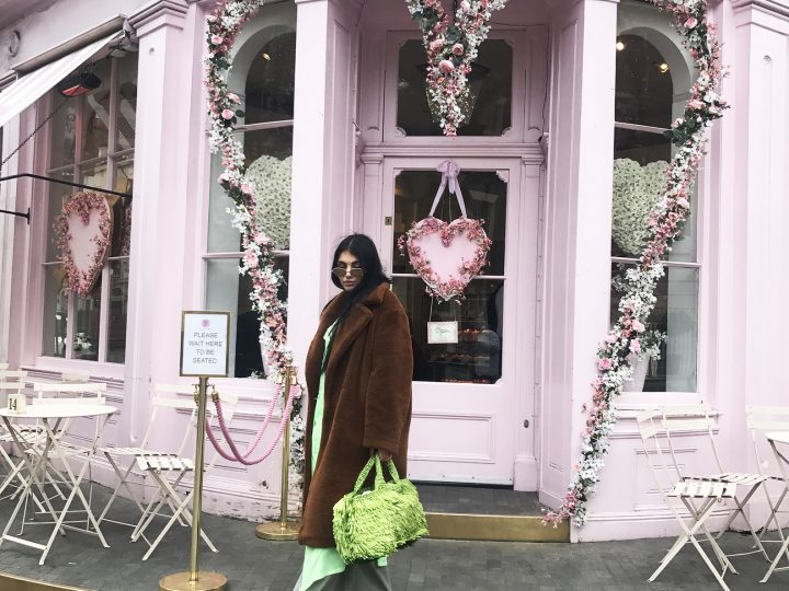 INSIDE ONE OF THE MOST INSTAGRAMABLE CAFES IN LONDON , PEGGY PORSCHEN!!