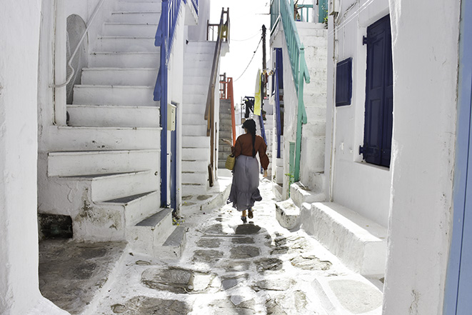 HOW WE SPENT 2 MAGICAL DAYS IN MYKONOS (IN APRIL)