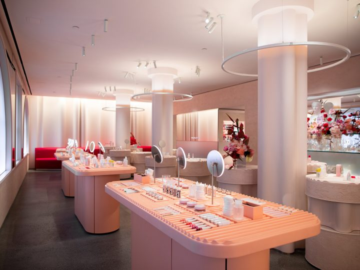 Take A Look Inside The Aesthetically Pleased Glossier Nyc store